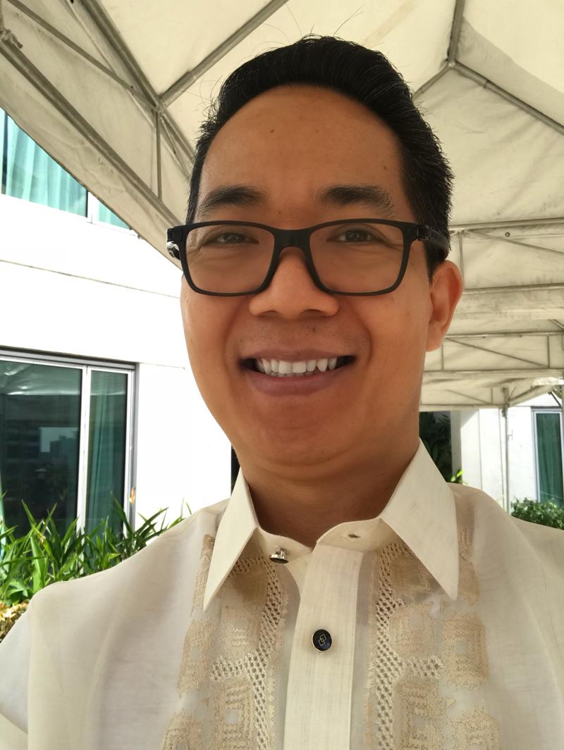 Manny Viloria ang Messenger Marketing
